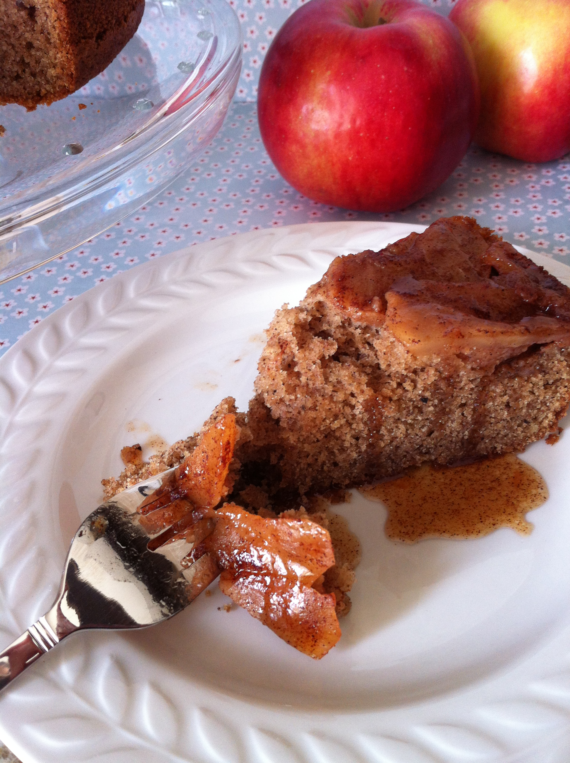 gluten free apple cinnamon pecan olive oil cake
