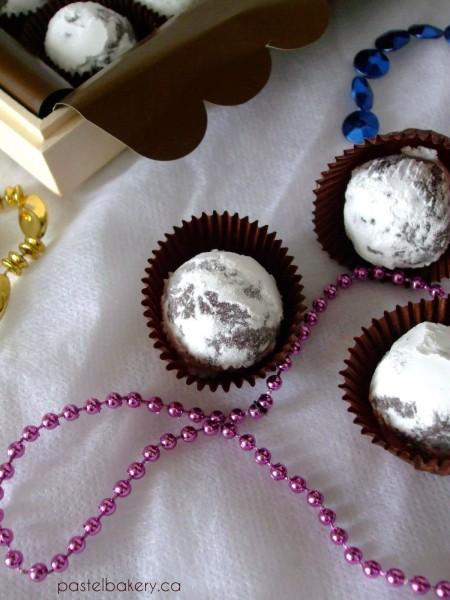Gluten Free Dairy Free Chocolate Peppermint Truffles 2 | pastelbakery.ca