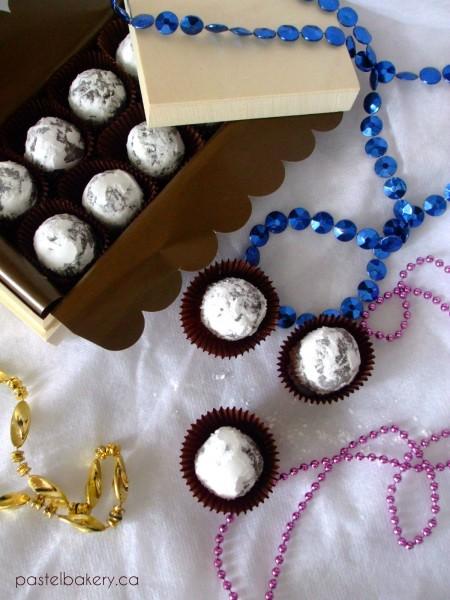 Gluten Free Dairy Free Chocolate Peppermint Truffles 4 | pastelbakery.ca